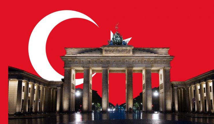 Kollage Dixikon Berlin islam (bilder från Wikipedia)