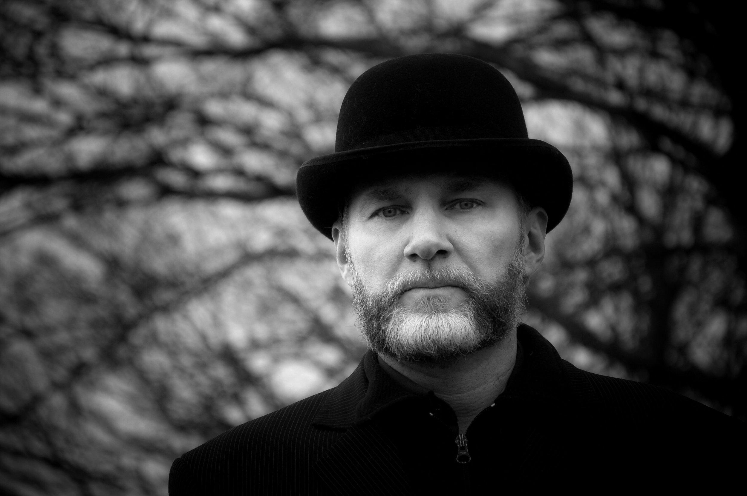porträtt av norske författaren Nor-Hansen