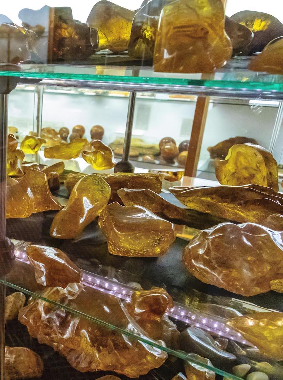 "Kauribärnsten, ""Kauri gum"", från The Kauri Museum"