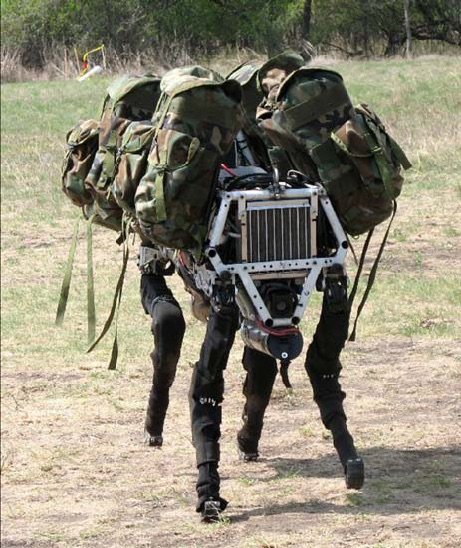 Militärt utvecklad robot
